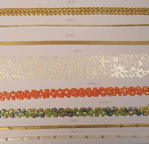 Goldborte Kordel weiß/gold, 15 Reihen, 32 cm